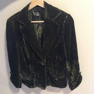 Jackets & Blazers - Emerald velvet blazer 10P 3/4 sleeves ruched cuffs